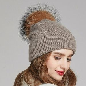 Accessories - Anika Wool Cross Knit Hat Fur Pom - Taupe